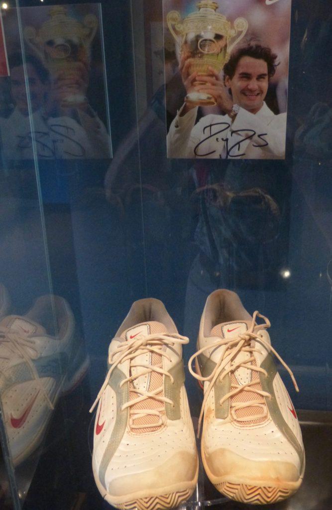 07.24._Toronto. Roger Federer im Bata-Museum