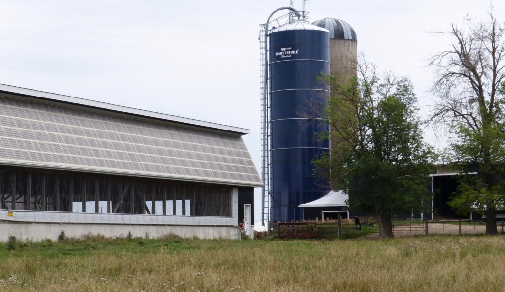 Farm mit Silos in Ontario