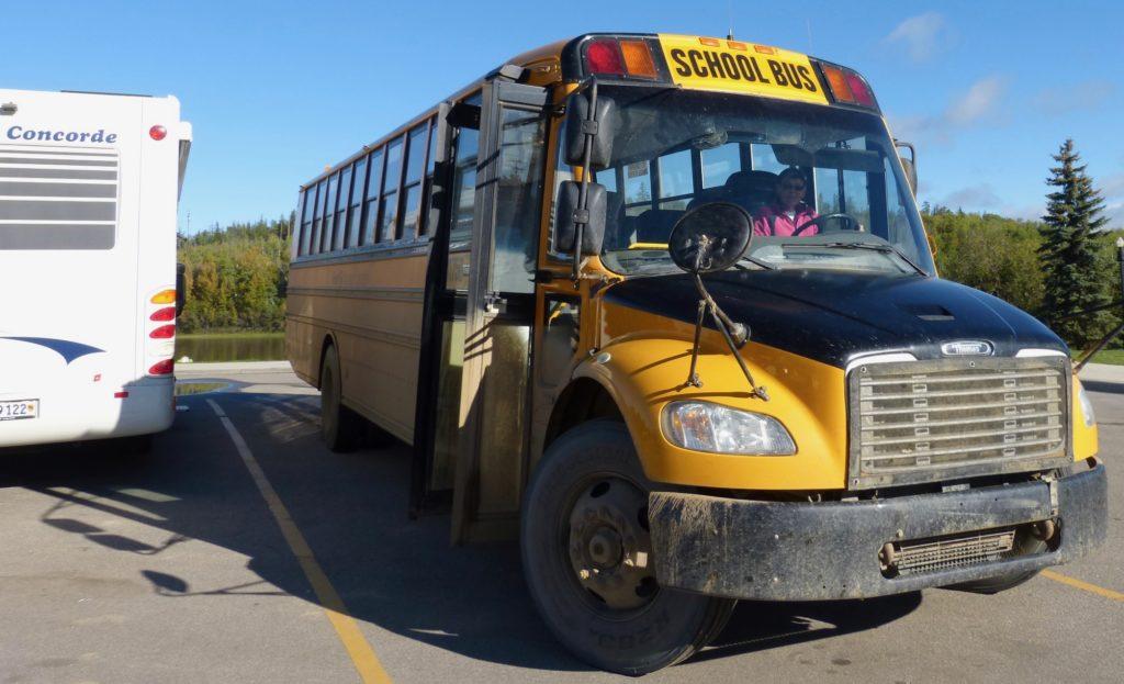 Athabasca_jetzt fährt sie noch Schulbus